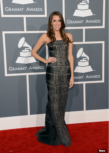 Allison Williams Grammys 2013