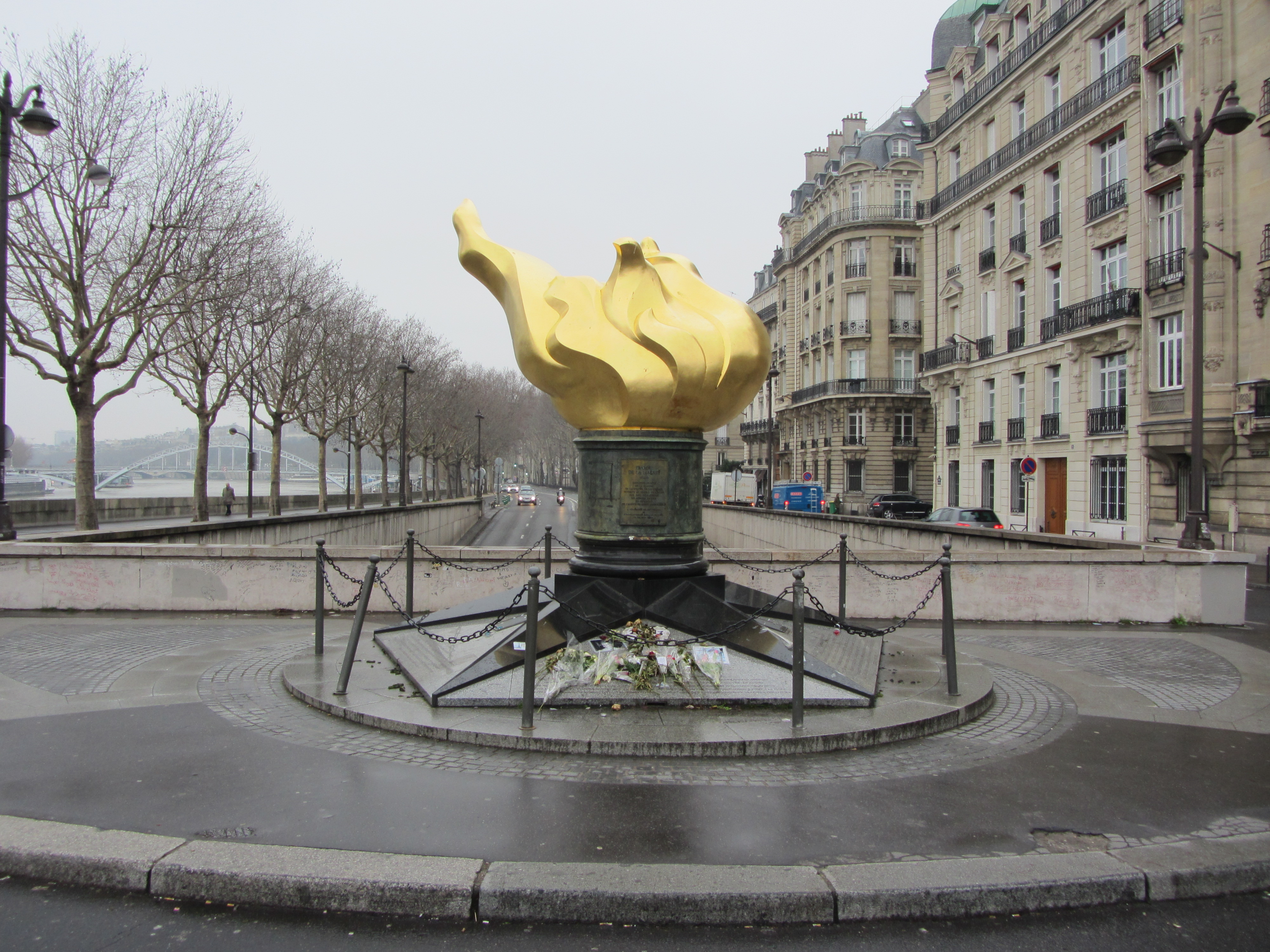 Paris, France - Chic Darling