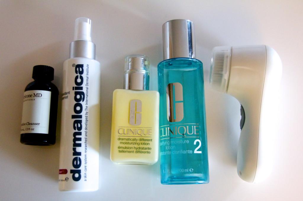 Clarisonic Mia 2, Clinique Dramatically different moisturizer, Clinique Cleanser