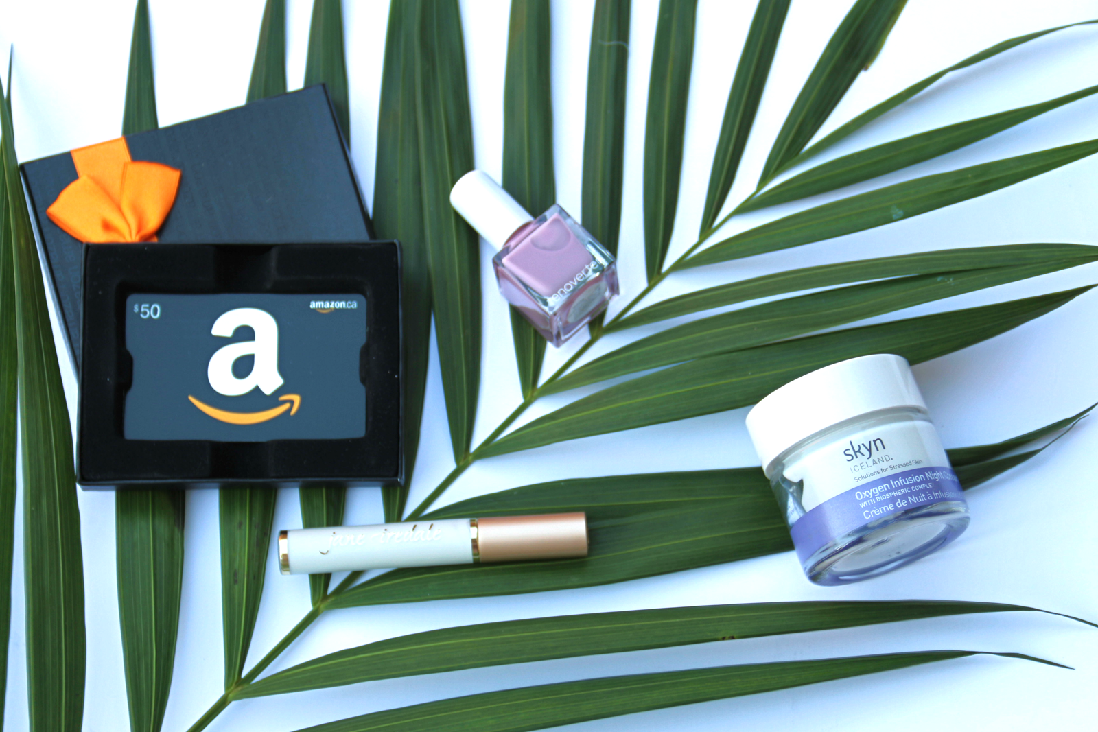 Amazon.ca Lux Beauty Store, Amazon.ca Launches Lux Beauty Store