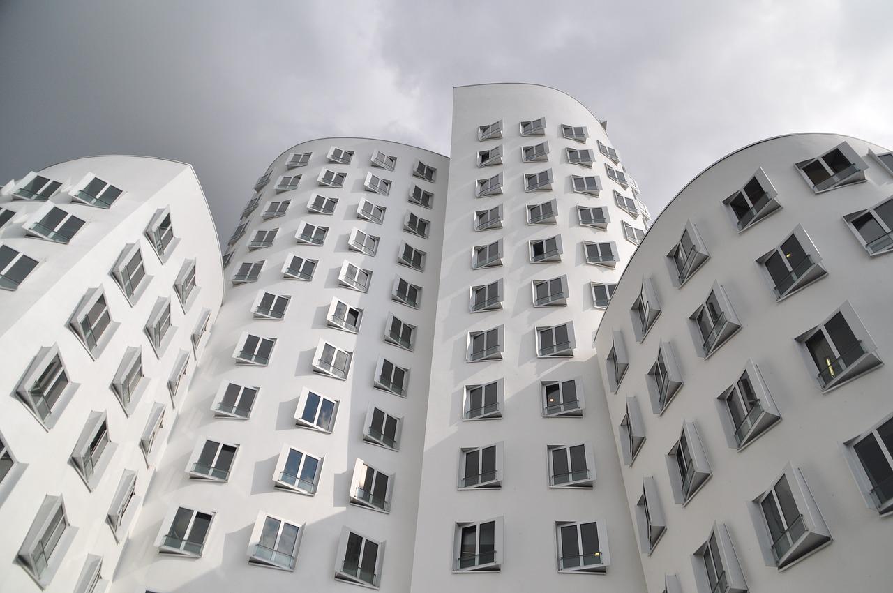 Frank Gehry buildings in Dusseldorf