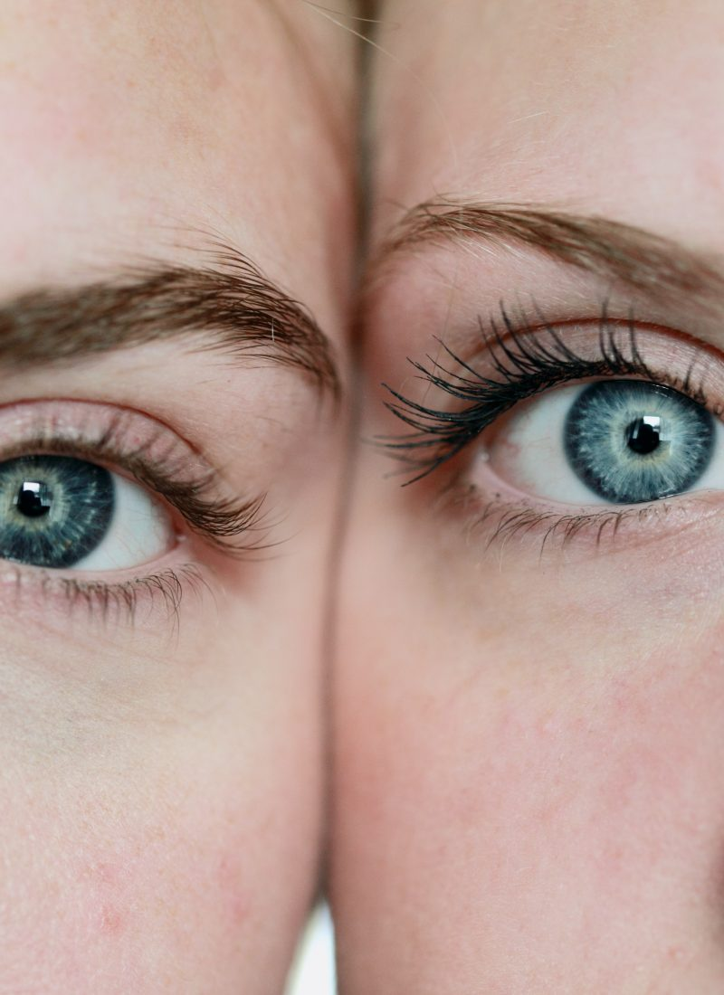 How to Make Blue Eyes Pop: Your 2020 Guide